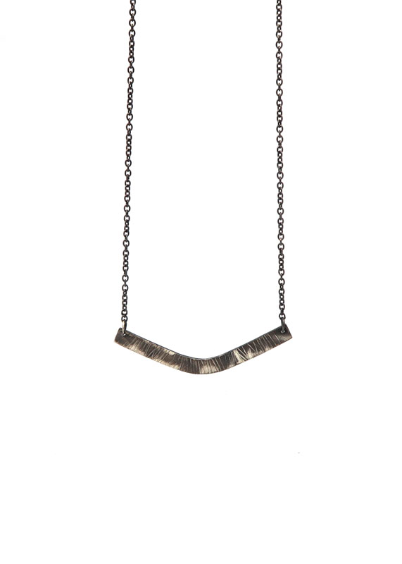 Aten Curve Necklace